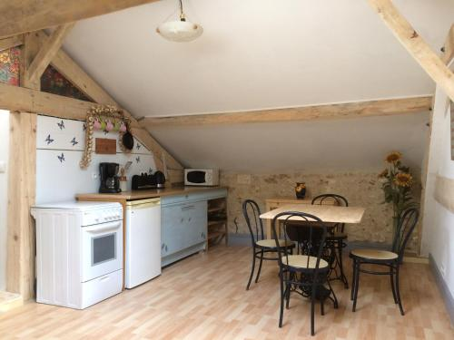 Le Buguet : Apartment near Saint-Romain