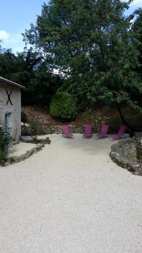 Au Coeur des Chateaux de la Loire : Guest accommodation near Roiffé