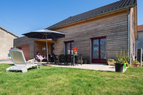 Holiday home Rue Neuve : Guest accommodation near Somme-Suippe