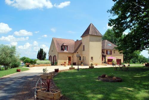 La Maison d'Ici et d'Ailleurs : Guest accommodation near Mauzens-et-Miremont