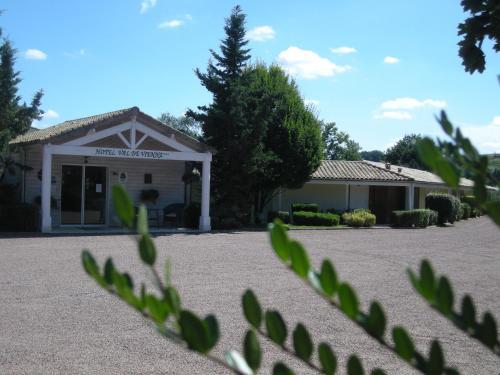 Hôtel Val de Vienne : Hotel near Saint-Martin-l'Ars