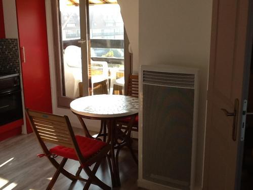Résidence Le Grand Cap : Apartment near Blonville-sur-Mer