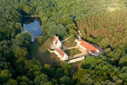 Domaine du Ris de Feu : Bed and Breakfast near Vigoux