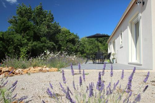 Entre Brousse Et Garrigue : Guest accommodation near Viols-en-Laval