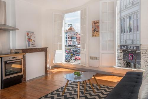 Design Apartment Near To The Halles : Apartment near Bayonne