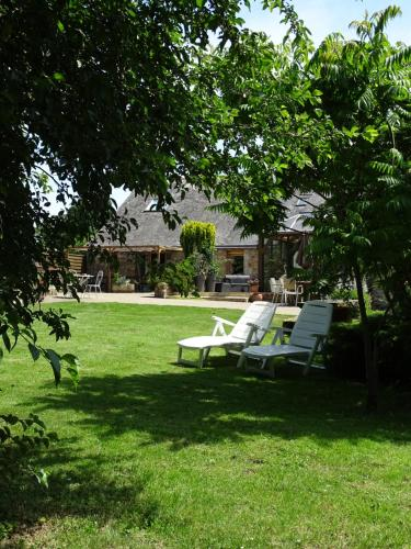 La Maison d'Amélie : Bed and Breakfast near Livré-sur-Changeon