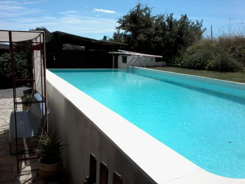 Villa Route de Serignac - 2 : Guest accommodation near Saint-Jean-de-Crieulon