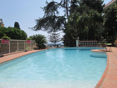 Villa Silhouette : Guest accommodation near Èze