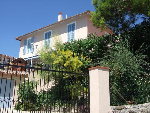 Studio les murs : Apartment near Vence