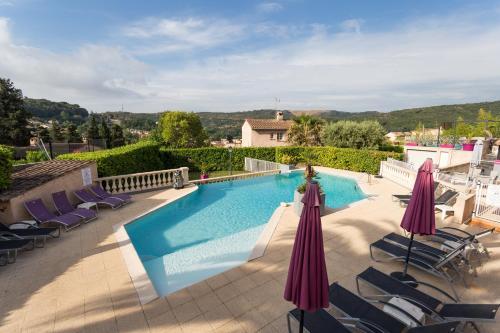 Hotel & Restaurant Perla Riviera : Hotel near Villeneuve-Loubet