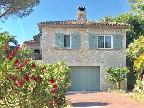 Villa La Calade : Guest accommodation near Mouans-Sartoux