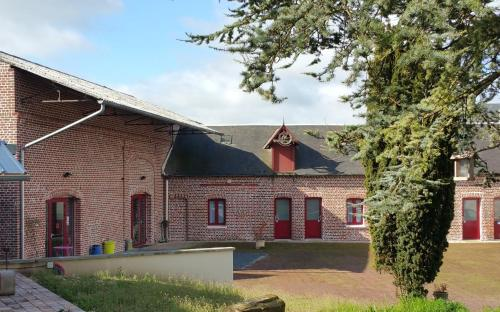 Au Petivall Studio : Guest accommodation near Moyenneville