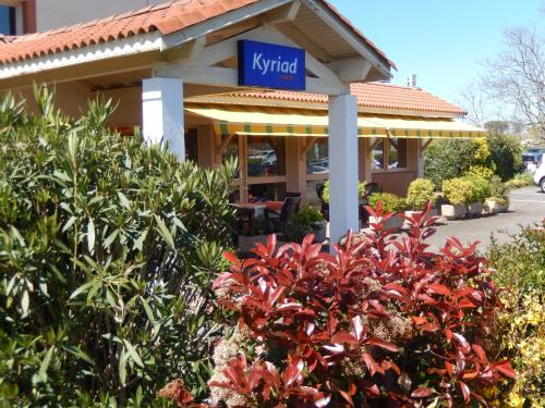 Kyriad Toulouse Blagnac Aéroport : Hotel near Menville