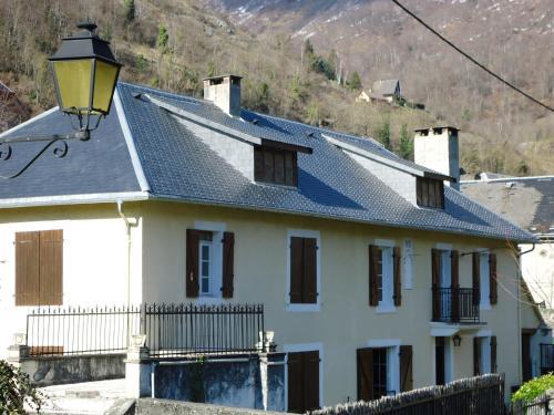 maison de caractère chrys : Guest accommodation near Izaourt