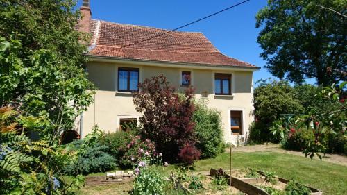 La Favière Enchantée - le gîte : Guest accommodation near Ferrières-les-Bois