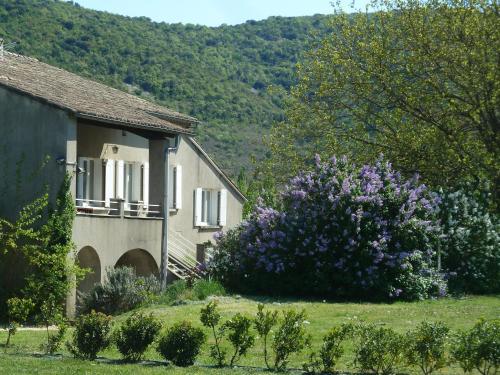 Gite La Pauze : Guest accommodation near Larnas
