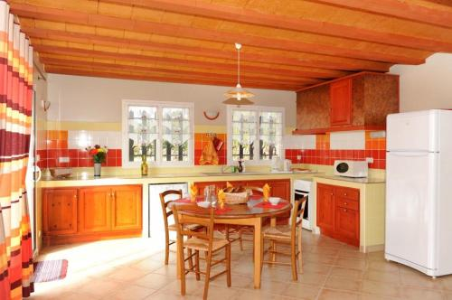 Holiday home Traverse Du Soler : Guest accommodation near Sainte-Colombe-de-la-Commanderie