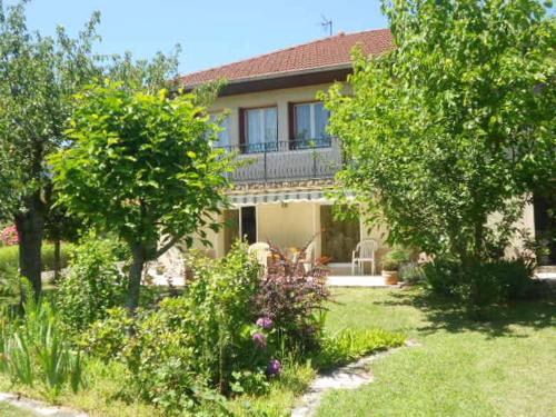 Chez Colombine : Guest accommodation near Soucieu-en-Jarrest