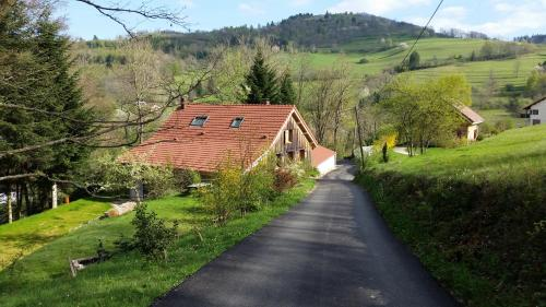 Giteovosges : Guest accommodation near Lesseux