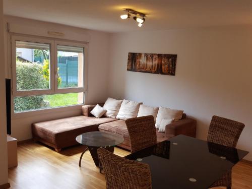 Sunny Street Apartment : Apartment near Attenschwiller