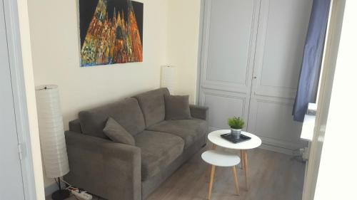 RouenAppartHotel : Apartment near Rouen