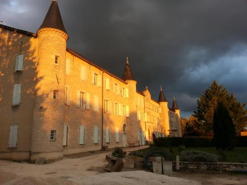 L'Hostellerie du Couvent : Guest accommodation near Loze