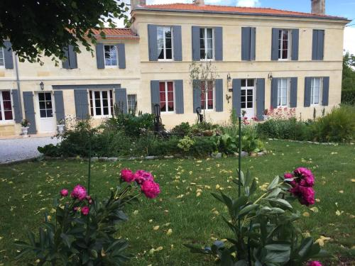 Domaine des Deux Cèdres : Bed and Breakfast near Comps