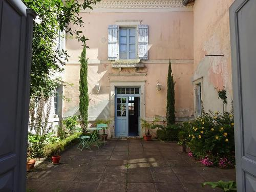 Maison Arriù : Bed and Breakfast near Bergouey