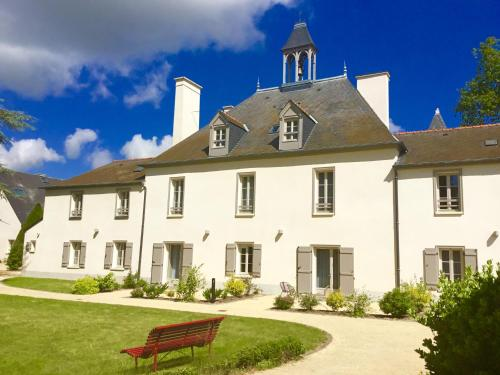 La Pommeraie : Guest accommodation near Chartres-de-Bretagne