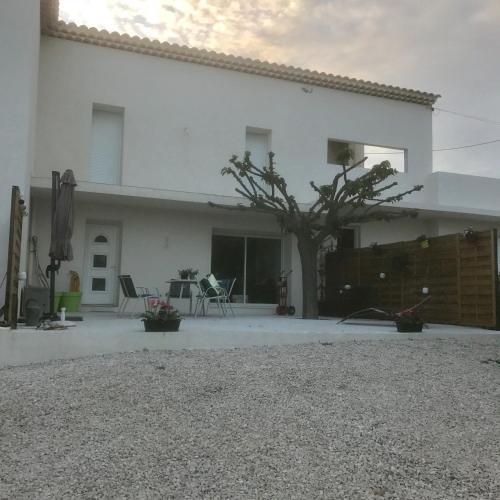 Maison de charme au pied du Garlaban : Guest accommodation near Aubagne