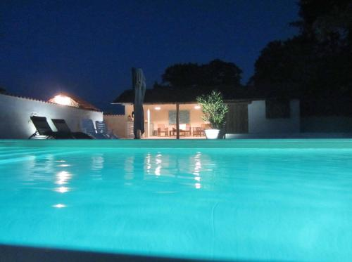 Le Chemin : Bed and Breakfast near Saint-Vallier