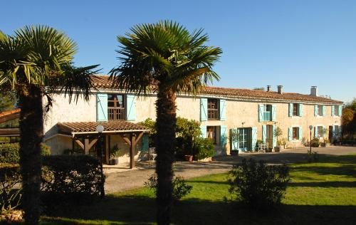 Domaine Saladry : Guest accommodation near Carlipa