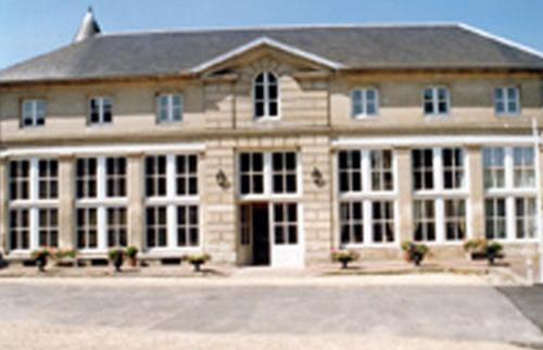 L'Orangerie de Raray : Hotel near Pont-Sainte-Maxence