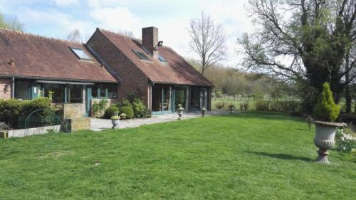 les Bovrieres : Bed and Breakfast near Templeuve