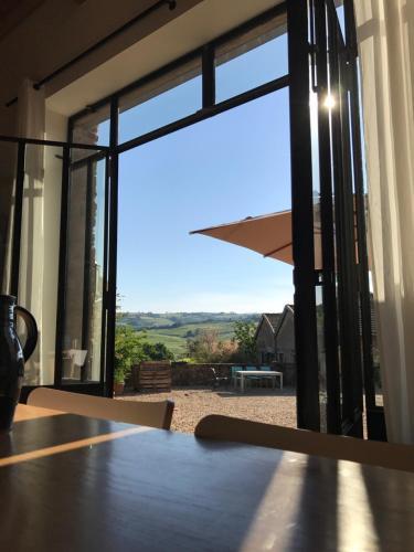 Chambres d'hôtes Vers la Croix : Bed and Breakfast near Mâcon