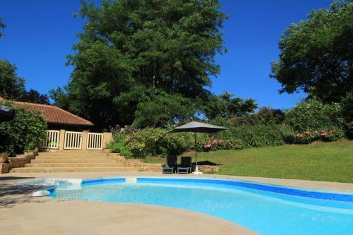 Gite Lou Peyrol : Guest accommodation near Saint-Avit-Sénieur