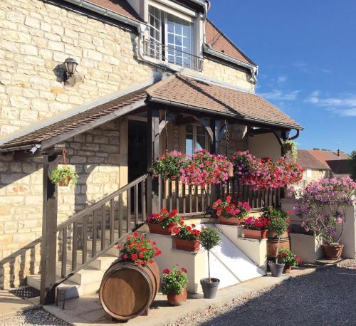 Gite la Maison du Tonnelier : Guest accommodation near Comblanchien