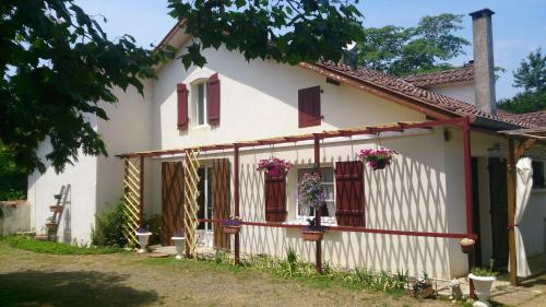 La Petite Poyannaise : Guest accommodation near Bergouey