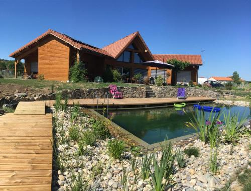 Les Condamines : Bed and Breakfast near Plauzat