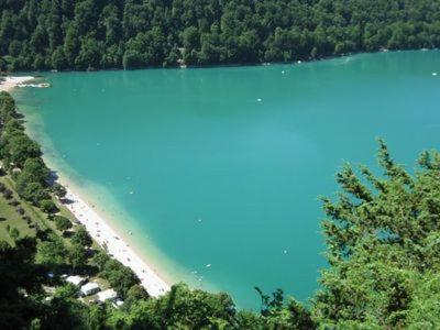 Les Gites des Hautes Roches : Guest accommodation near Mirebel