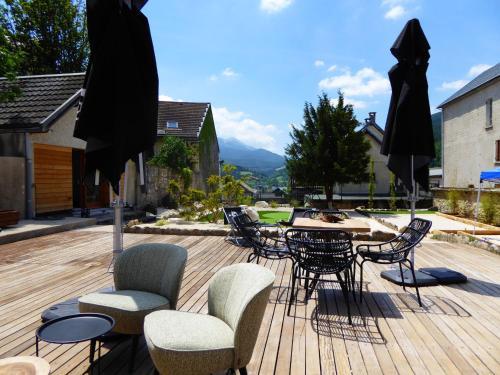 Le Grand Veymont : Guest accommodation near Monteynard