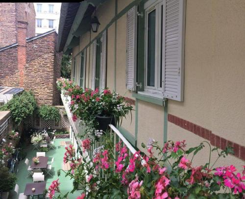Garden Hotel : Hotel near Thorigné-Fouillard