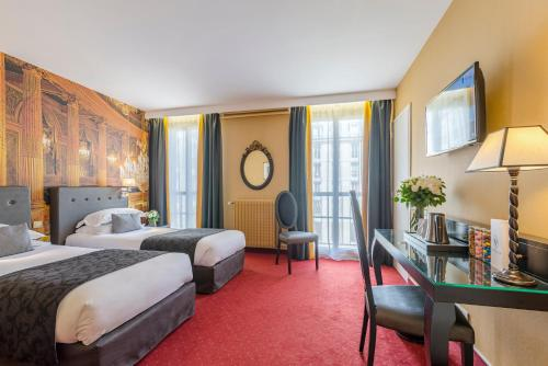 Hôtel Le Versailles : Hotel near Fontenay-le-Fleury