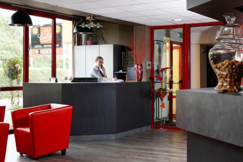 Hôtel Restaurant Le Colibri : Hotel near Cambrin