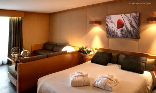 Amirauté Hôtel Golf Deauville : Hotel near Saint-Martin-aux-Chartrains