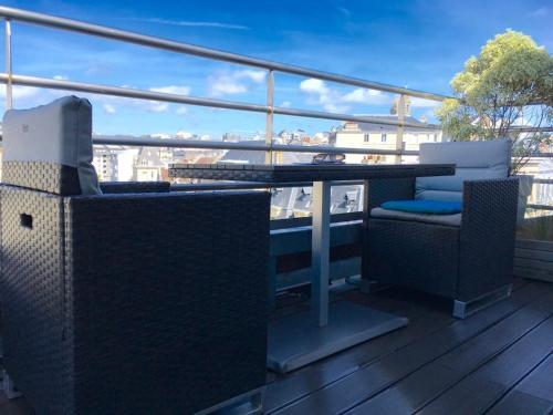 Le Duplex avec Terrasse : Apartment near Longueville
