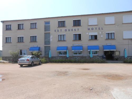Est-Ouest : Hotel near Louroux-de-Beaune