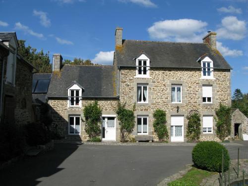 Les chambres de La Métairie du Dick : Bed and Breakfast near Pleurtuit