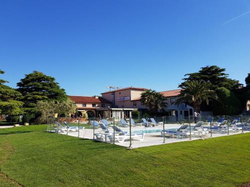 Hôtel Ariane : Hotel near Fos-sur-Mer