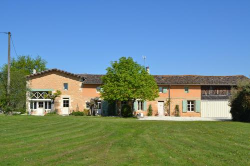 Ferme de Mouline : Guest accommodation near Loupiac-de-la-Réole
